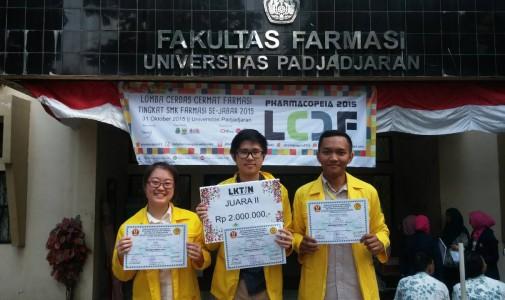 Mahasiswa Fakultas Farmasi Universitas Indonesia Meraih Prestasi pada Acara Pharmacopeia 2015