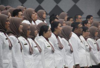 Pelafalan Sumpah Apoteker UI Angkatan LXXXVIII : 80 Mahasiswa Lulus dengan Predikat Cumlaude